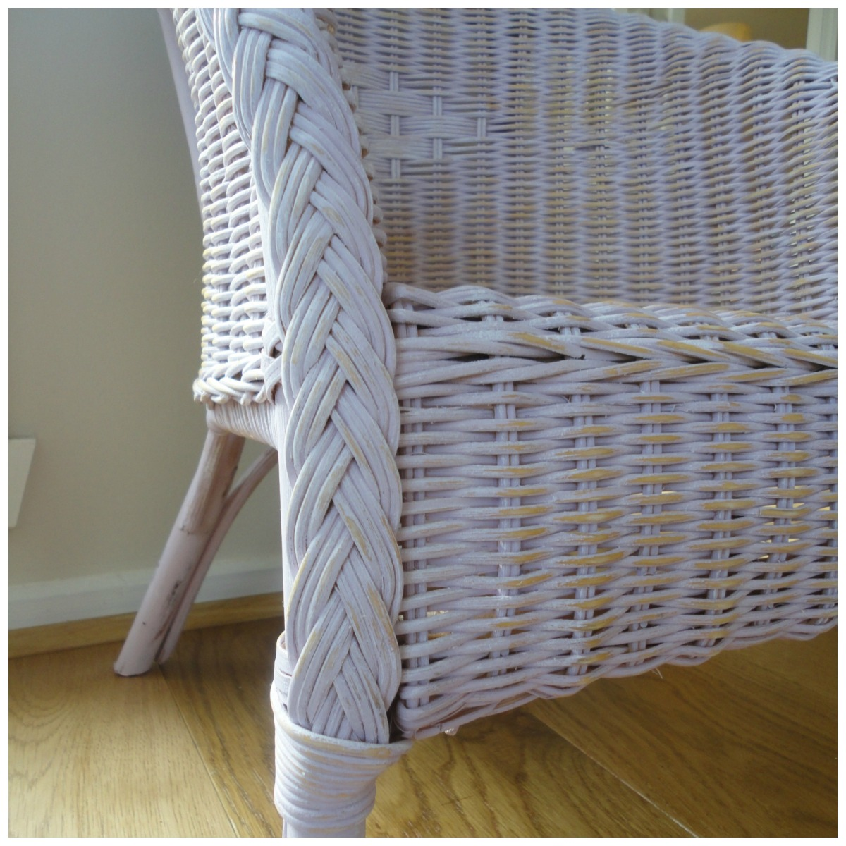 How To Paint A Wicker Chair With Chalk Paint « HONEY & ROSES